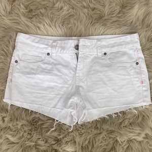 Victoria Secret PINK white denim shorts